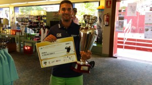 Profesional ganador con 70 golpes - Winner Professonal with 70 strokes - Borja Cabello Gialcone